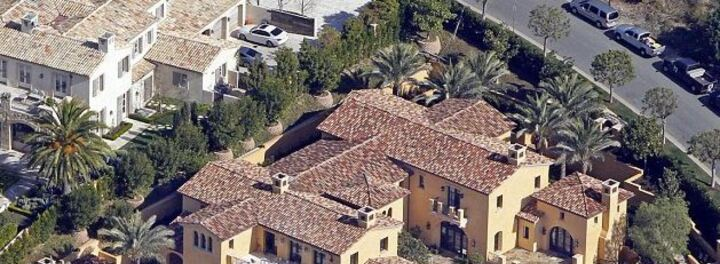 Did Dwight Howard Just Buy a $20 Million House in LA... with a Check?