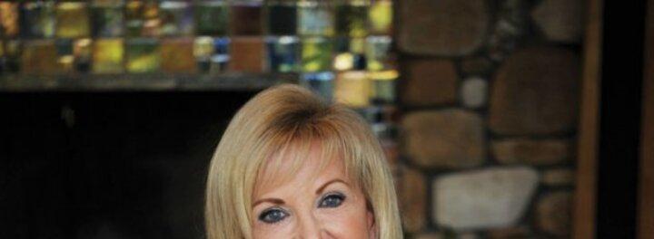 Elaine Wynn Net Worth