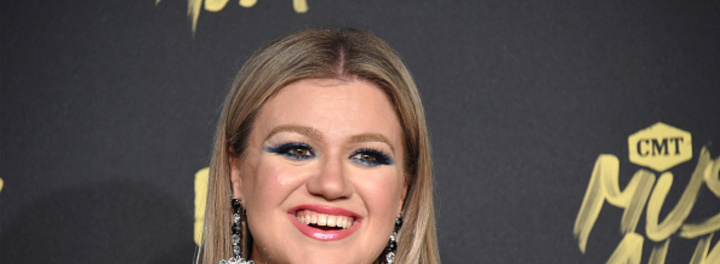 Kelly Clarkson's House:  The New Bride Makes Herself at Home