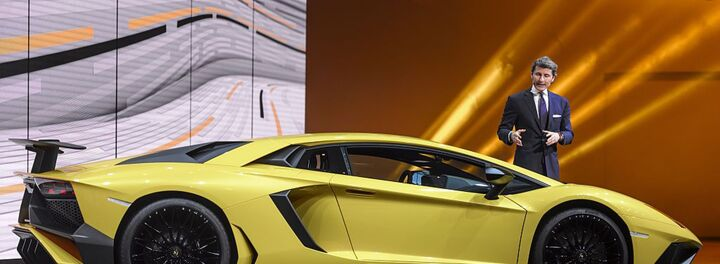 The Half A Million Dollar Super-Fast Lamborghini Aventador Superveloce
