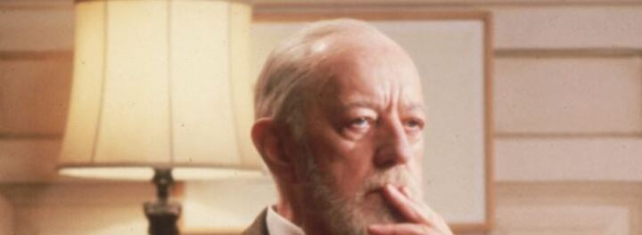 """In 1977 Alec Guinness Demanded """"Points"""" Instead Of Salary On Star Wars – He Chose… Wisely"""