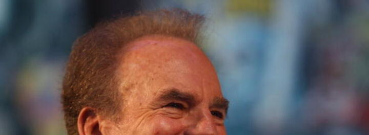 While His Fellow NFL Players Relaxed In The Offseason, Roger Staubach Built A $600 Million Business Empire