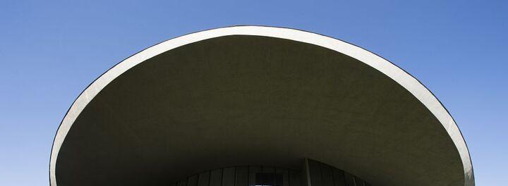 Billionaire Ron Burkle Buys Bob Hope's Desert Retreat For $13 Million