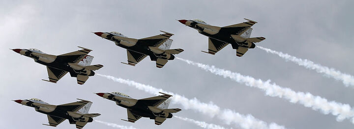 US Air Force Considering Six-Figure Bonuses To Retain Pilots