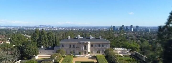 """The Beverly Hillbillies"" Mansion Slashes Its Price From $350 Million To $245 Million"