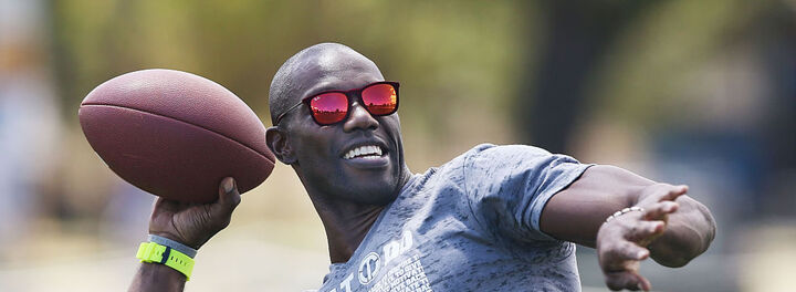 4 Crucial Lessons Terrell Owens Learned After Blowing Through $80 Million Fortune