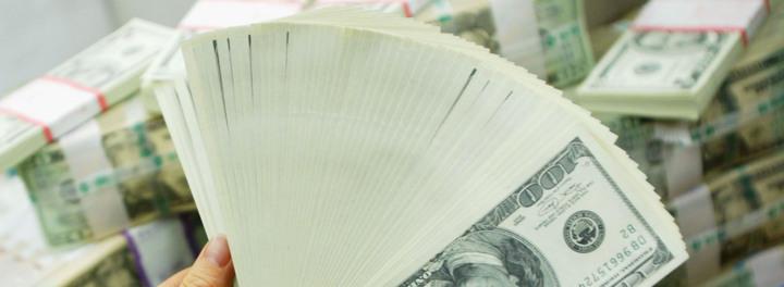 Bank Error Temporarily Turns Retiree Into Multi-Billionaire