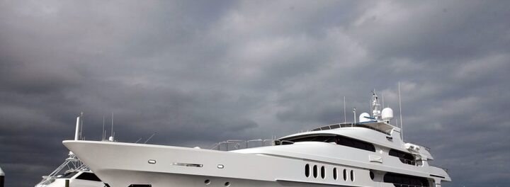 Here's How Tiger Woods' $20M Yacht Compares To Other Celeb Yachts