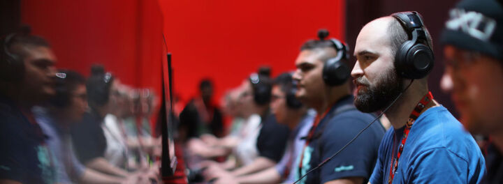 Pro Gamers Are Soon On Track To Earn As Much As Pro Athletes