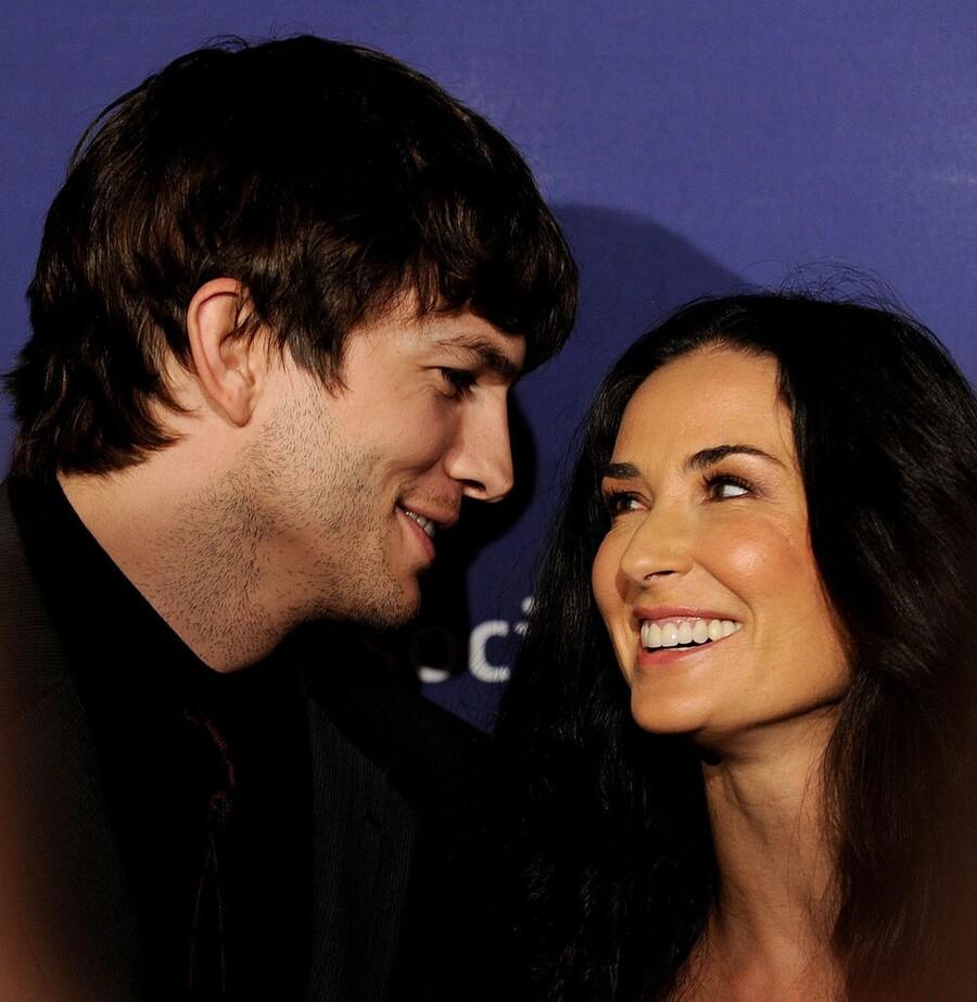 Ashton and Demi Divorce