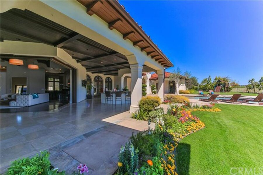 Britney-Spears-Home-For-Sale-In-Thousand-Oaks-CA-12