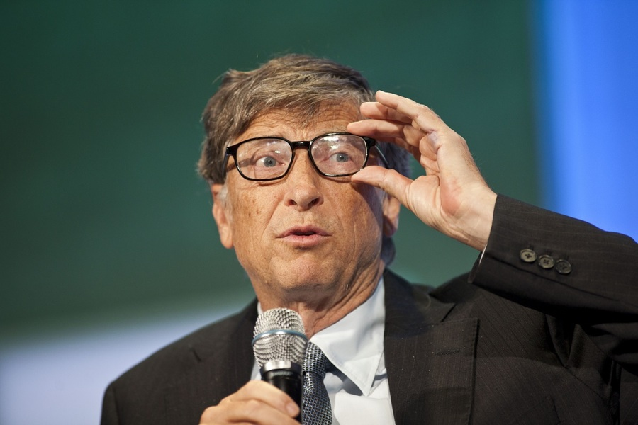 NEW YORK, NY - SEPTEMBER 24: Bill Gates, chairman and founder of Microsoft Corp., speaks during the Clinton Global Initiative (CGI) meeting on September 24, 2013 in New York City. Timed to coincide with the United Nations General Assembly, CGI brings together heads of state, CEOs, philanthropists and others to help find solutions to the world's major problems. (Photo by Ramin Talaie/Getty Images)