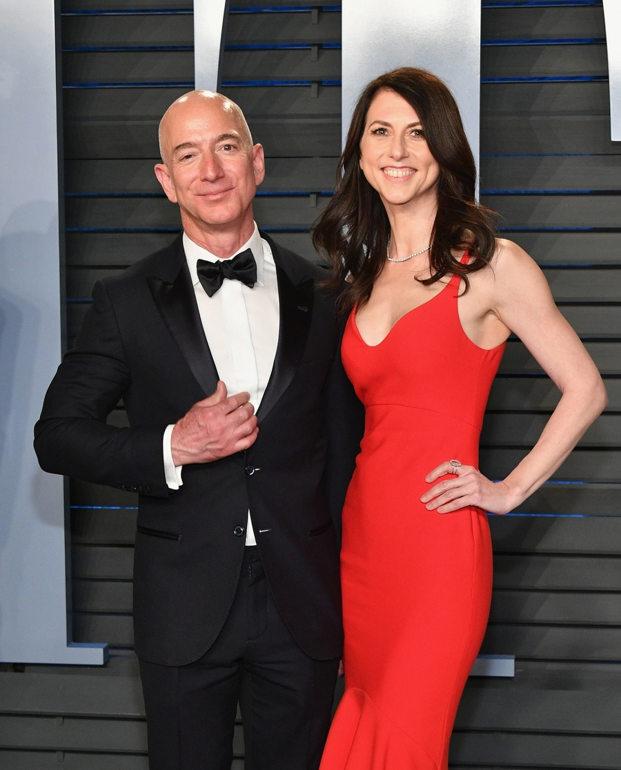 Richest People - Jeff Bezos and MacKenzie Bezos