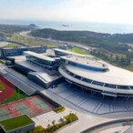 Chinese Millionaire Builds $160 Million 'Star Trek'-Inspired Corporate HQ