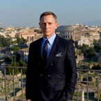 Could You Turn Down $50 Million To Use A Cell Phone? Daniel Craig Did…