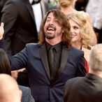 How Dave Grohl Went From Aspiring Punk Rocker To $280 Million Rock Star