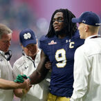 Thanks To His Bowl Game Injury, Former Notre Dame Linebacker Jaylon Smith Lost About $16 Million This Past Season