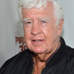 Clu Gulager Net Worth