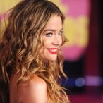 Denise Richards Continues To Cut The Price Of Her House
