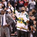 Drake And Scooter Braun Are Investing In An Ownership Stake With Esports Brand 100 Thieves