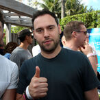 Justin Bieber's Manager Scooter Braun Just Bought Taylor Swift's Former Record Company For $300 Million