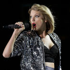 Taylor Swift Says She Wants To Rerecord Her Catalog, As Revenge Against Scooter Braun