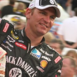 Clint Bowyer Net Worth