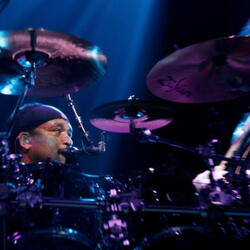 Carter Beauford Net Worth