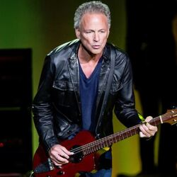Lindsey Buckingham Net Worth