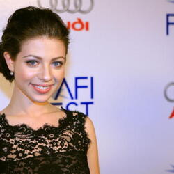 Michelle Trachtenberg Net Worth