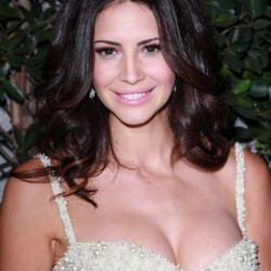 Hope Dworaczyk Net Worth