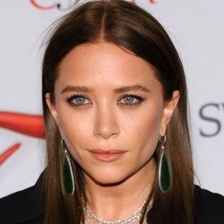 Mary Kate Olsen Net Worth