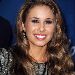 Haley Reinhart Net Worth