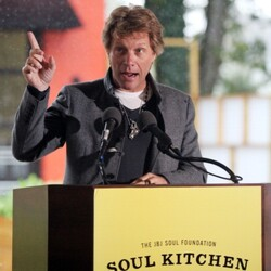 Jon Bon Jovi Opens Soul Kitchen, a New Charity Restaurant