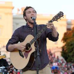 Winner On 'American Idol' Phillip Phillips' Family Selling Their Pawn Shop