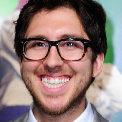 Amir Blumenfeld Net Worth
