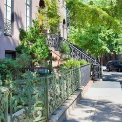 Robert De Niro's House:  The Brilliant New York Actor Sells a Brilliant New York House