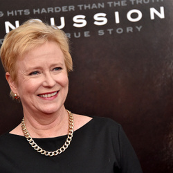 Eve Plumb Net Worth