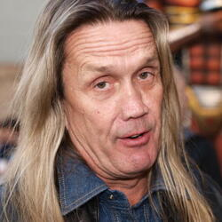 Nicko McBrain Net Worth