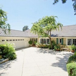 Emma Stone's House:  This Is Most Definitely the First of Many Properties to Come