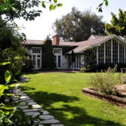 Jodie Foster's House:  The Notoriously Secretive Star Makes a Sorta-Secret Move