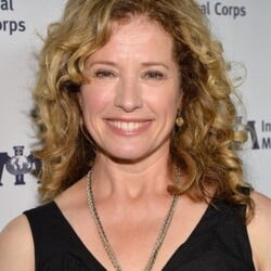 Nancy Travis Net Worth