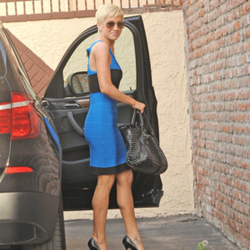 Kellie Pickler's Car: From Studio to Studio in Style