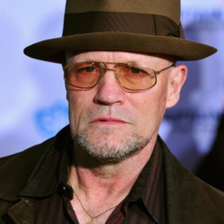 Michael Rooker Net Worth