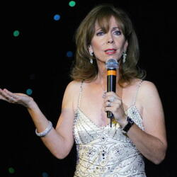 Rita Rudner's House:  The Funny Lady Tries to Offload Her Home with Humor