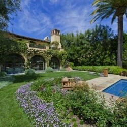 Christina Aguilera's House:  Her House Says Diva - Even If Her Current Career Doesn't