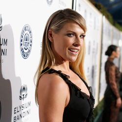 Ali Larter's Car:  It Is a Mercedes-Benz for the Former Heroes Star