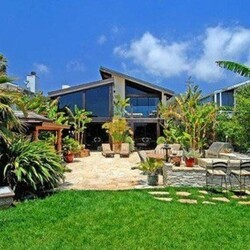 Goldie Hawn's House:  The Perenially Sunny Actress Unloads a Sunlit Malibu Mansion