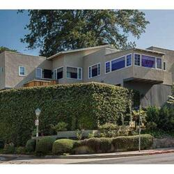 Zoe Saldana's House:  The Popular Actress Unveils a New Marriage and a New House Listing