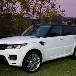 Paula Patton's Car:  The Woman Who Inspires Robin Thicke Drives a Range Rover